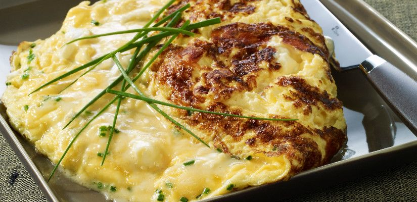 Recettes d'omelettes : Omelette baveuse au fromage
