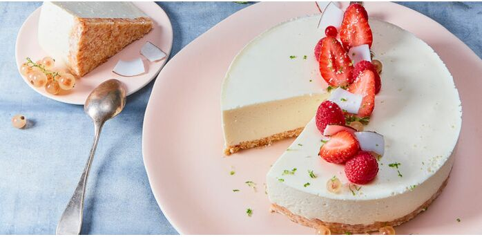 Recette : Cheesecake coco fraise au fromage frais - Recette au fromage