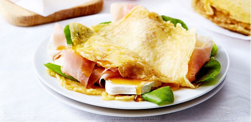 Recettes d'omelettes : Omelette au fromage et jambon cru