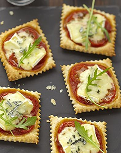 Menu de Noël :  Mini pizzas apéritives au bleu