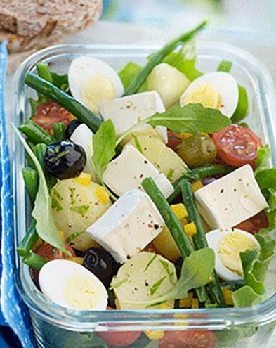 Lunch box :  Salade façon niçoise au mini fromage