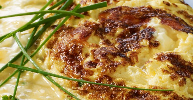 Recette Omelette baveuse au fromage - Recette au fromage